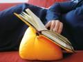Buchstütze für bequemes Lesen in allen Lebenslagen